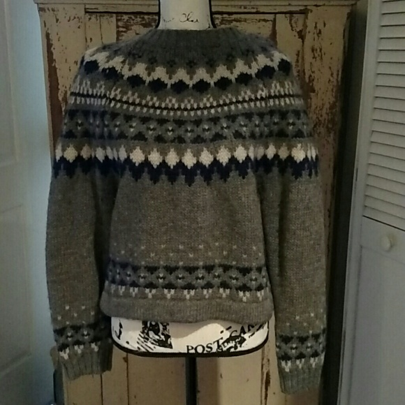 8c29f6d2be1 Abercrombie   Fitch Vintage Blues Sweaters